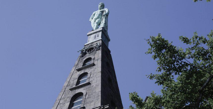 Der Herkules ist das Wahrzeichen der Stadt Kassel.